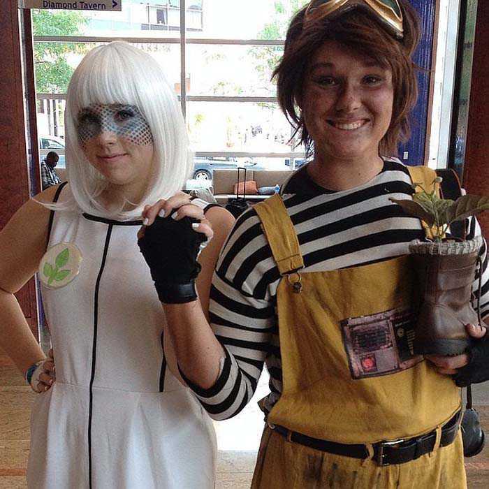delightful-disney-couples-costumes-13