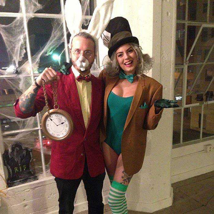 delightful-disney-couples-costumes-16