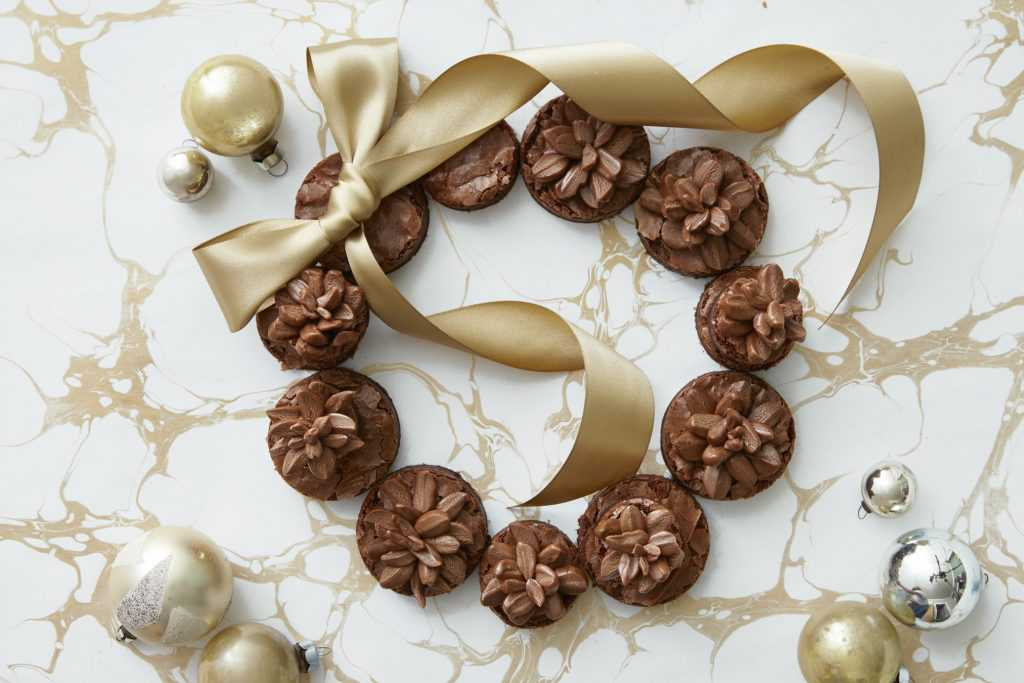 postres navideños corona-de-brownies