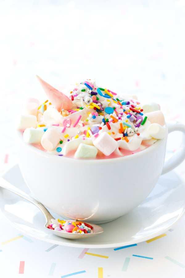 Fuente: Love&Oil-Unicorn Hot Chocolate